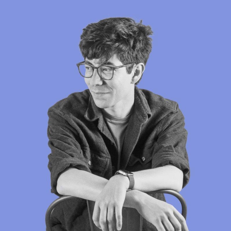 Robert Castellanos - Graphic Designer